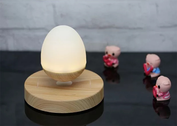 Bluetooth Levitating Lamp