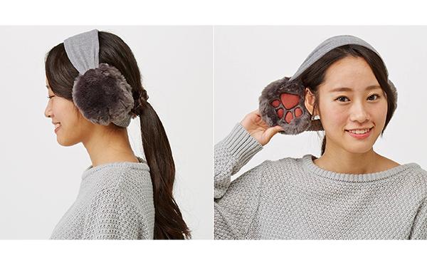 モフモフおててで耳がポカポカ♡フェリシモがねこの肉球付きイヤマフで夢のシチュエーションを実現!