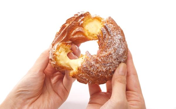 至福のカリ&ふわ食感♡ビアードパパの人気リングシュー「パリブレスト」が12月限定で再発売!