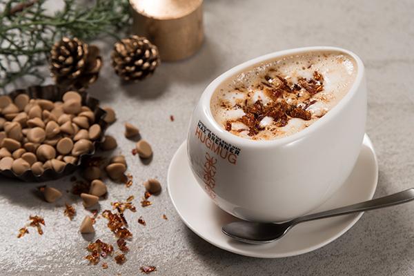 キャラメル&ゴールドチョコレートがたっぷり!マックスブレナーのクリスマス限定メニューで心も体もポカポカに♡