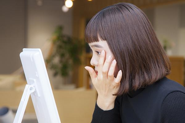 """【isuta GIRL】エチュードハウスの新作アイシャドウパレットで植村麻由が""""2018オルチャンメイク""""に挑戦!"""