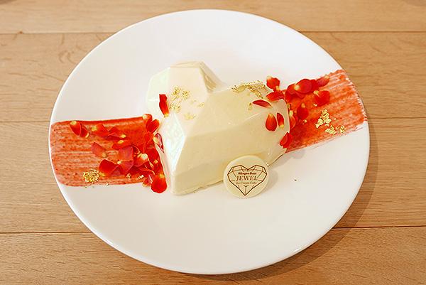ハーゲンダッツのアイスクリームケーキがクリスマス限定で登場♡早速食べてきたよ♩