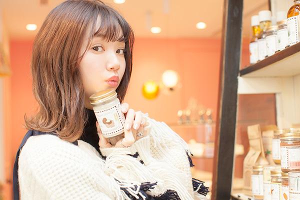 江野沢愛美さんのポートレート