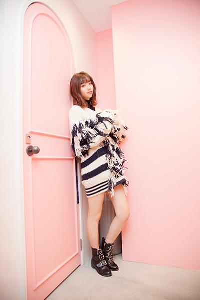 髪のアクセサリーが素敵な江野沢愛美さん