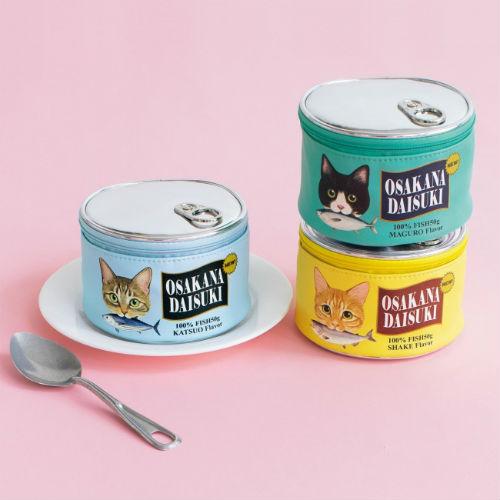 リアルなデザイン&素材感にニャンコもだまされる!?フェリシモ猫部の「猫缶ポーチ」がキュート♪