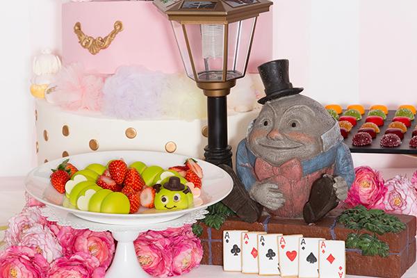 トンネルをくぐるとアリスの世界!ホテル インターコンチネンタル 東京ベイのデザートブッフェにキュン♡