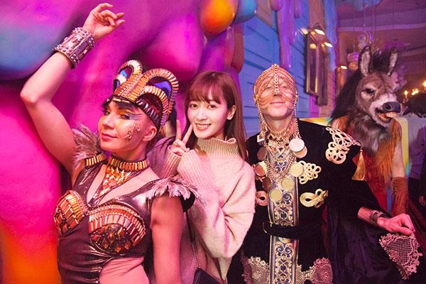 【isuta GIRL】VIPルームにも潜入!東京の新ナイトスポット「モンスター パレス」を外川礼子がリポート♩