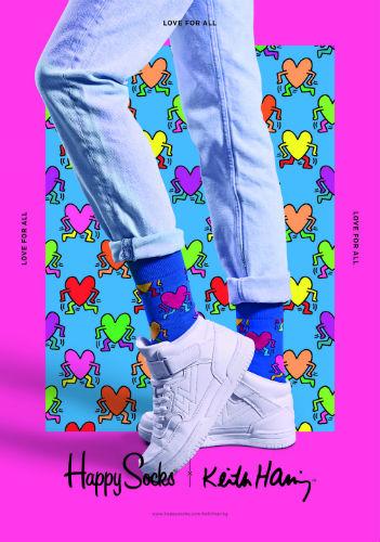 足元からハッピーに♩「ハッピーソックス」×「キース・へリング」のバレンタイン限定アイテムがかわいい♡