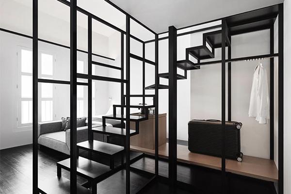まるでモノクロ映画に入り込んでしまったみたい!ミニマムデザインがスタイリッシュなシンガポールのホテル