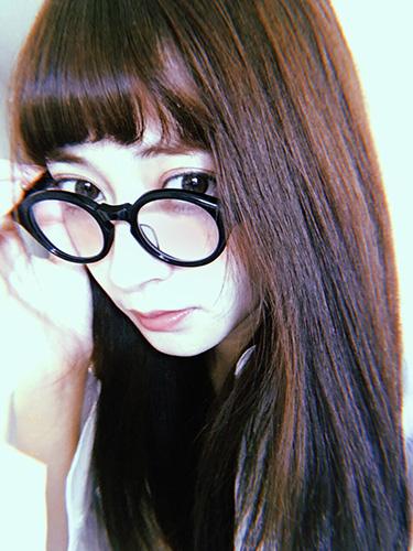 【isuta GIRL】普段はオレンジ系、デートの時はコーラル系♡外川礼子のおすすめメイク&コスメを大公開♩
