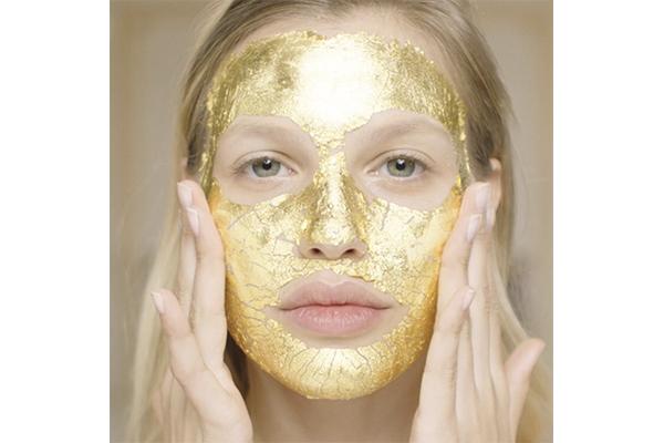 トップモデルも愛用♡24Kの金箔フェイスマスクでゴージャスに輝く素肌を手に入れたい!