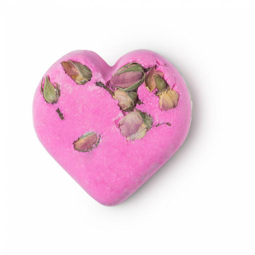 自分へのご褒美としても欲しい!LUSH「#SharetheLove」がテーマのバレンタインアイテムがステキ♡