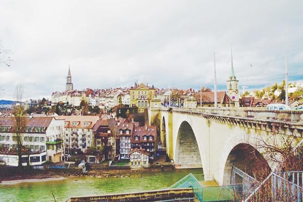自然あふれる美しい風景に心奪われる国、スイス。5泊7日の女子旅モデルルートをご案内♡