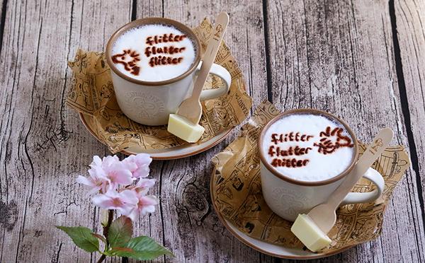 スチームミルクにウッドストックがふわり♡ピーナッツカフェに2種の新作ホットドリンクが登場