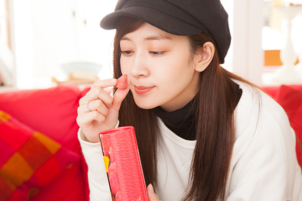 """【isuta GIRL】2018バレンタインは""""かわいい""""が決め手♡〇〇にぴったりなチョコレートを外川礼子がご紹介"""