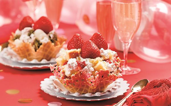 まるで苺のショートケーキ♡コールド・ストーンに超贅沢な「あまおう」シリーズが登場!
