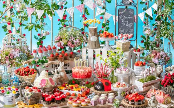 「ふわり可愛い」ガーデンパーティーへ♪ヒルトン東京お台場のいちごブッフェが魅力的♡