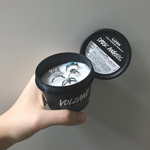 ニベアの青缶以外にも! スポンジを入れるだけで超簡単に作れるリングケースDIYカタログ