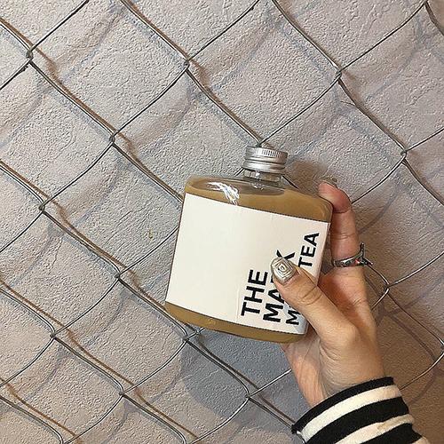 """韓国で今人気の""""ボトルドリンク""""が日本に進出♡パケ買い必至なおしゃれドリンクを見つける、私のお散歩旅"""