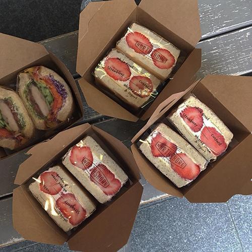 【全国カフェ】おしゃピクの準備はOK?ピクニックにぴったりな、持ち寄りフードを見つけるお散歩旅