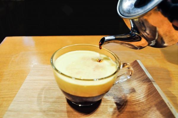 """2018年注目は""""卵×練乳""""でつくる「エッグコーヒー」!ハノイの老舗カフェが横浜に4月上陸♩"""