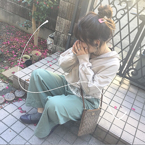 """シンプルアレンジを華やかに♡ 大きな""""パッチンピン""""を使った春のヘアアレがかわいい♡"""