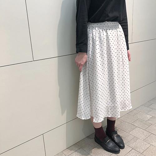 今週のGU新作はドットアイテムに注目!着回しできるトップス&スカートはワンピースとしても使えちゃう♡