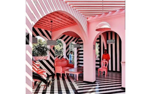 インスタグラマーも夢中♩どこを撮ってもかわいいレストラン「ピンク・ゼブラ」inインド