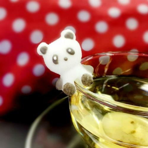 カップのフチにちょこん♡かわいすぎる「パンダシュガー」がヴィレヴァンオンラインで販売スタート!