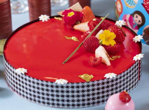 テーマはレトロ可愛い大正ロマン風♡ヒルトン東京の新デザートブッフェが待ち遠しい♩