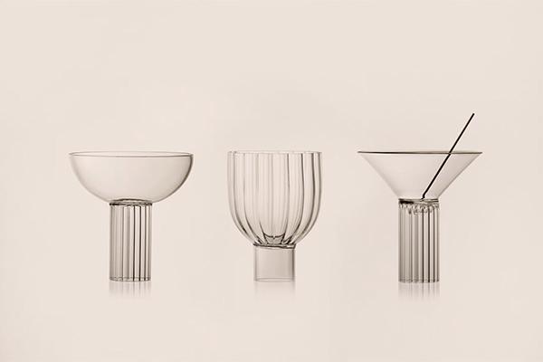 ミラノのモダニズム建築からインスパイア。幾何学的なデザインがスタイリッシュなグラス