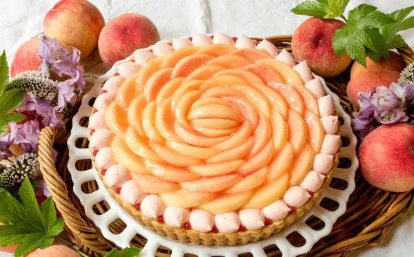 キルフェボンに桃を贅沢に使った新作が登場♡夏の恒例「ピーチWeek!」のラインナップも魅力的♩