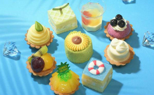 夏休みの思い出を手土産に♩コージーコーナーの新作プチケーキセットが絵日記みたいでかわいい♡