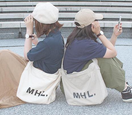 おしゃれな女子大生に人気のバッグといえばコレ!IGでよく見る、4ブランドの2wayトートバッグまとめ♡