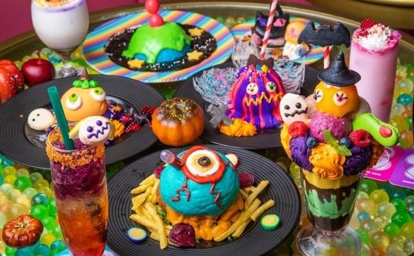 レインボーメニューが大集合!KAWAII MONSTER CAFE原宿、今年のハロウィンは「派手カワイイ」