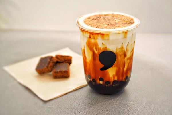 恵比寿のおしゃれなティースタンド「コンマティー」。新登場する「焦がし黒糖タピオカラテ」がおいしそう♡