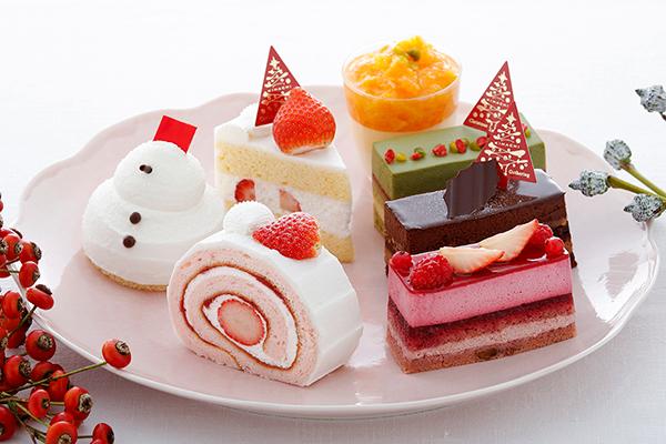 パティスリー キハチのクリスマススイーツが順次発売!キュートな雪だるまのケーキなど多彩な10種類♩