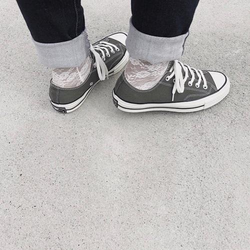 コンバースはハイカット?ローカット?どっちを履くか迷ったときに覚えておきたい、着こなしパターン9つ