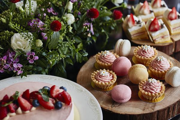 「森のストロベリーパーティー」がテーマ♡ホテル椿山荘東京のスイーツ&ランチブッフェが1月スタート♩
