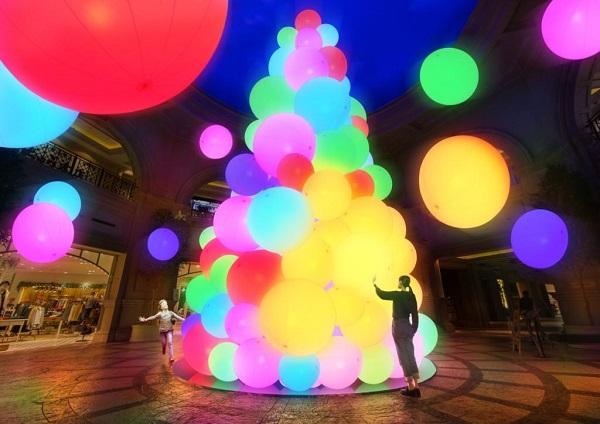 触れると色が変化して音が流れる♪チームラボが手掛ける光のツリーがヴィーナスフォートに登場です♡