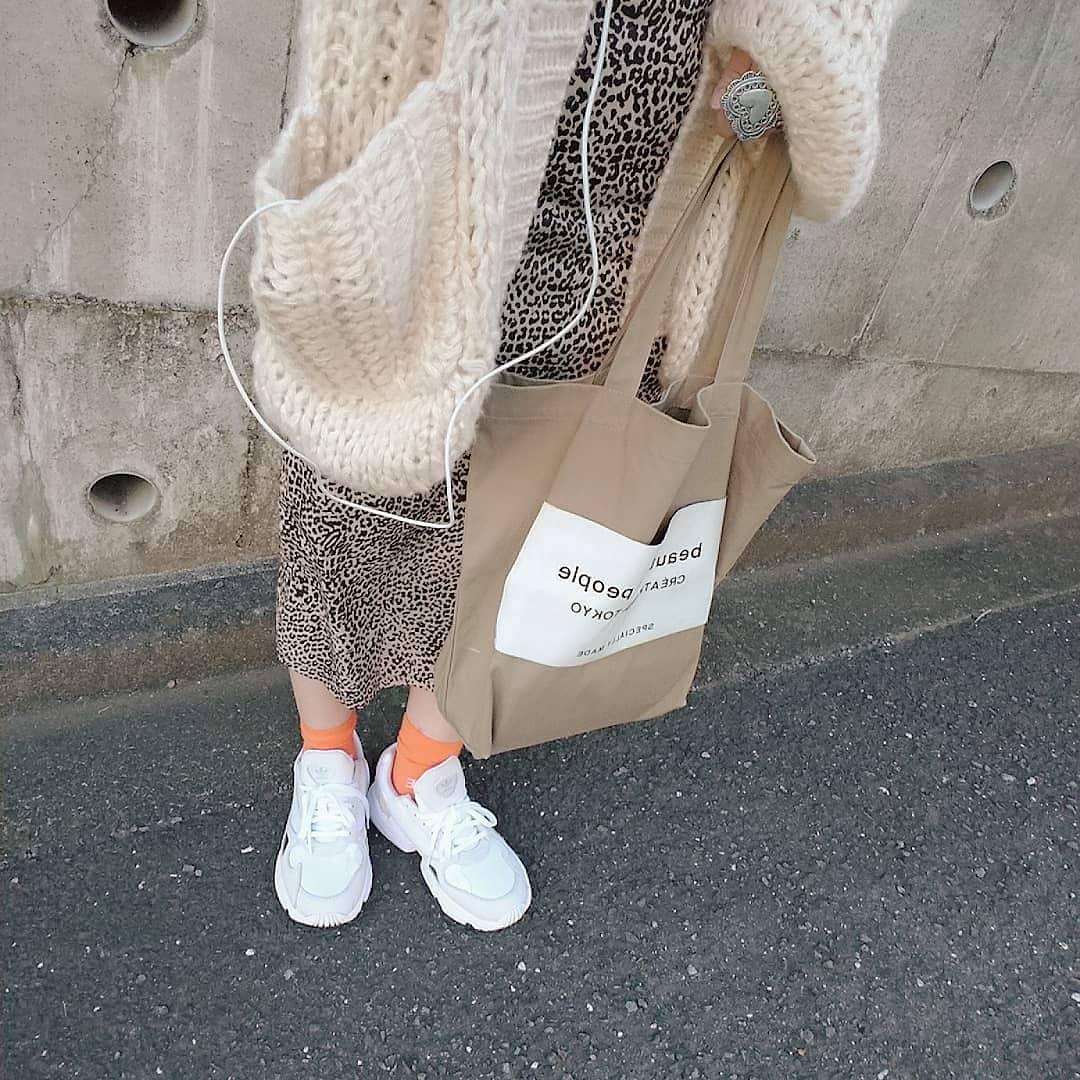 流行に敏感な女子大生必見♡ワンランク上のオシャレさんがもってるトートバッグまとめました◎
