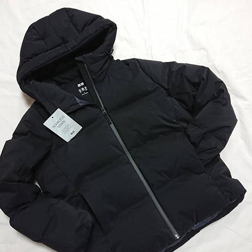 軽い、温かい、着やすいの3つが揃ったUNIQLOの「シームレスダウンパーカ」が男女ともに値下げ中♡