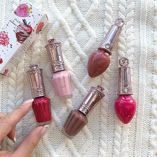 ジルスチュアートが贈るバレンタインデーコレクションが1月25日に発売。色味や質感、ラインナップを紹介します♡