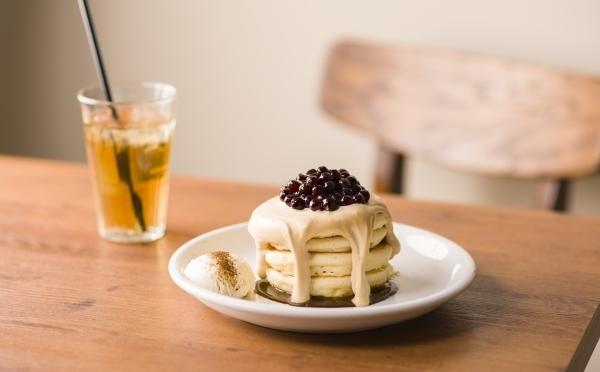 タピオカ×パンケーキを合わせた進化系!新宿東口&銀座の「hole hole cafe&diner」に期間限定でお目見え♡