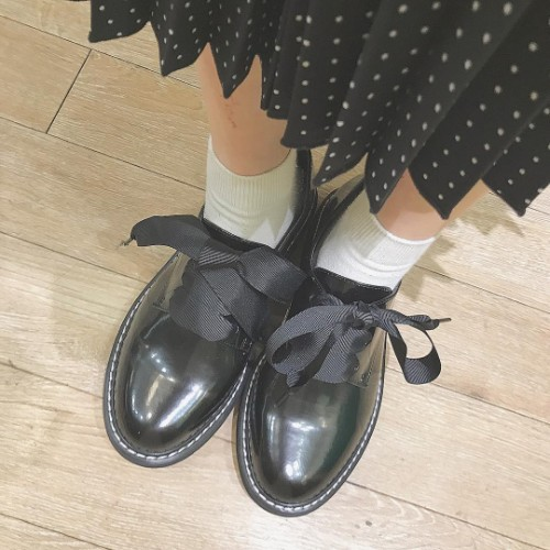 新しい靴欲しくない?earth×オリトラの新作「レースアップシューズ」はこれからの時期にぴったりなかわいさ♡
