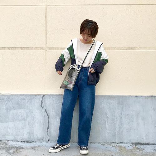 titivateの「配色マウンテンパーカ」で旬のスポーツMIXスタイルに♡おしゃれさんに学ぶトレンドコーデカタログ
