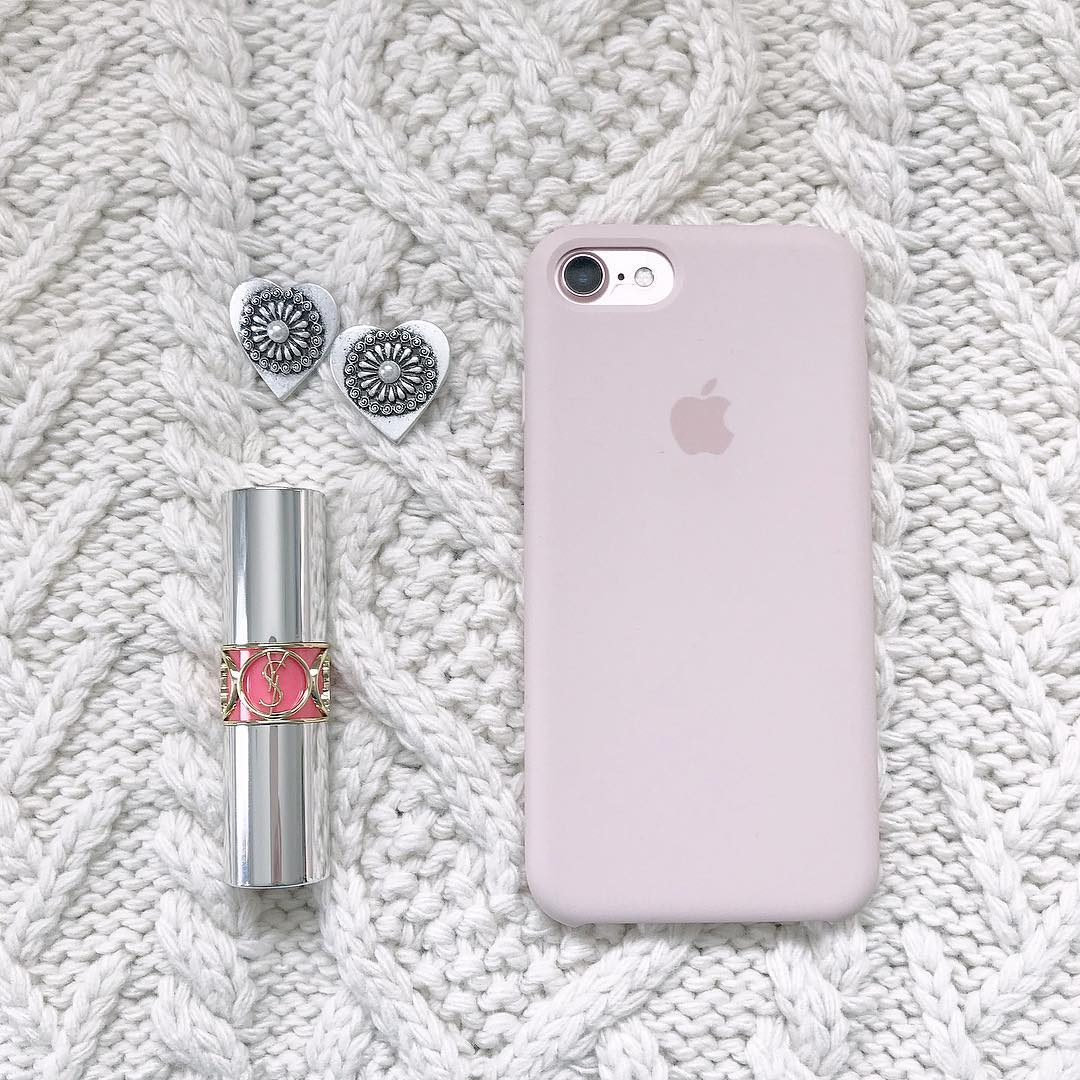 iPhoneケースは一周回ってやっぱりApple純正がいちばん。あなたなら何色にする?カラー別カタログ♩