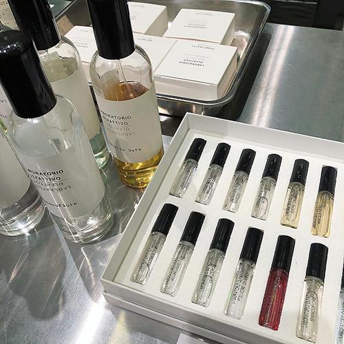 ビニールのショッパーがかわいい!日本未上陸の香水が並ぶ「NOSE SHOP」で新しいフレグランスとの出会いを♡