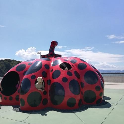 「あれ、これ見たことある」はここにあった!1日で楽しめてインスタ映えバッチリな【直島アート旅】のすすめ