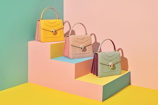 気持ちも上がるパステルカラー♡ブルガリの春夏アクセサリーコレクションから新作バッグが登場